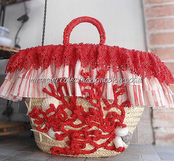 borsa di paglia decorata corallo