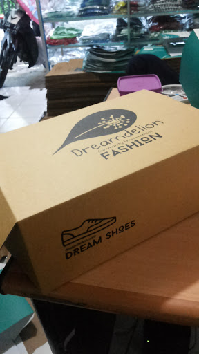 Packaging sepatu, packaging unik, kardus packaging box, jasa pembuatan kemasan. corrugated box.