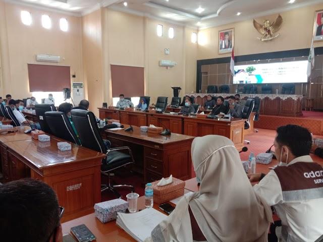 Respon Tudingan Pemutusan PKWT kepada Karyawan SIS, DPRD Balangan Gelar RDP