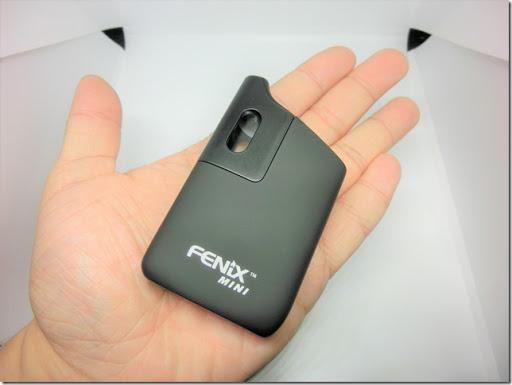 CIMG0611 thumb%255B4%255D - 【ヴェポライザー】WEECKE FENIX MINI(フェニックス ミニ)レビュー。味、サイズ感ともに申し分なし!持ち運びやすく、自宅でも外出先でもシーンを選ばず使用できる。初心者から中級者や上級者まで、幅広い方にオススメ☆