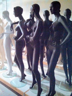MANNEQUINS SUPER SPECIAL $85 AND UP - 5