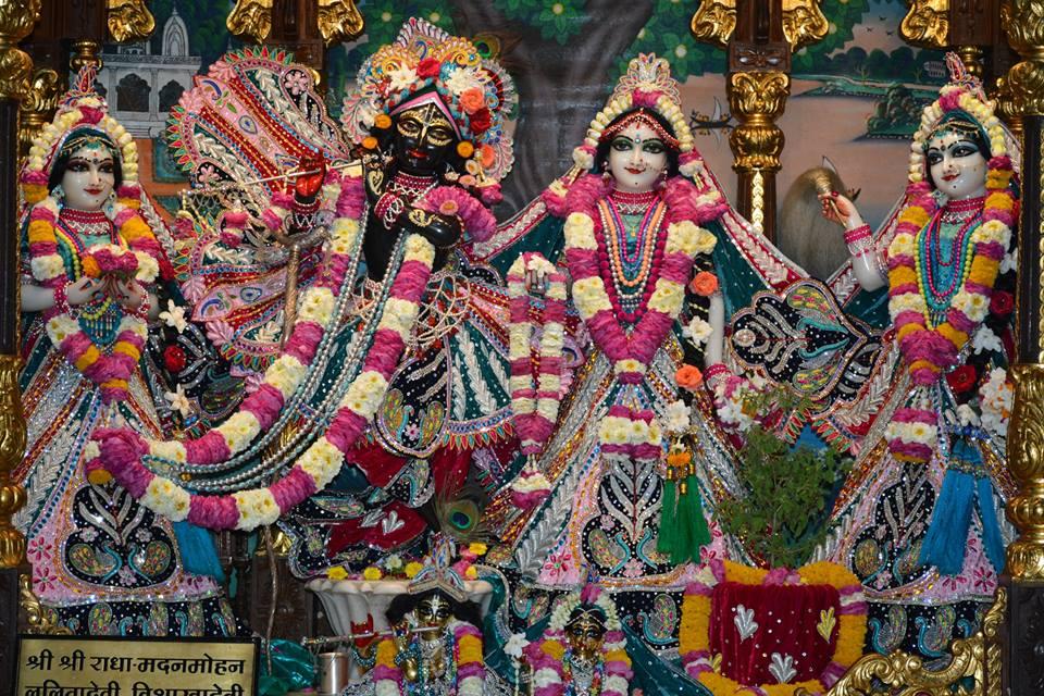 ISKCON Ujjain Deity Darshan 3 April 2016  (17)