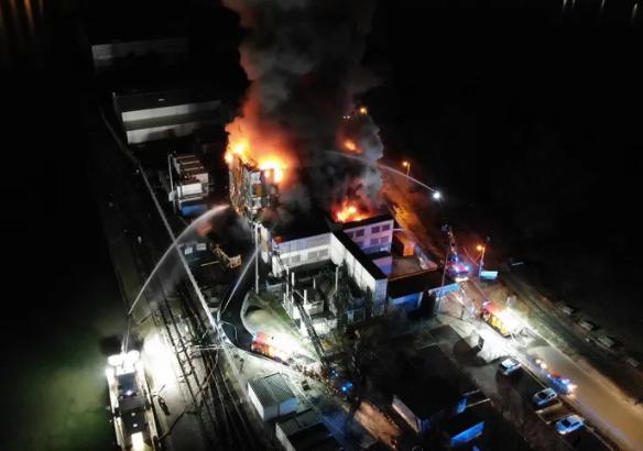 Data Center d'OVH en proie aux flammes à Strasbourg