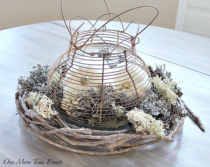 Decorating-with-White-Pumpkins-Fall-Centerpiece