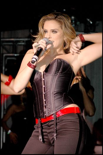 Clara Morgane Pop Star 5, Clara Morgane