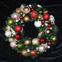 OWR8034 Noel Wreath Centerpiece