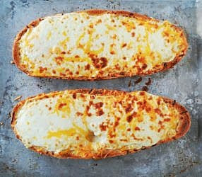 Colts-Cheesy-Garlic-French-Bread.jpg