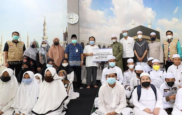 Rangkaian Milad Ke-17, Bank Kalsel Syariah Tebar Kebaikan kepada Anak Tahfidz dan Panti Asuhan