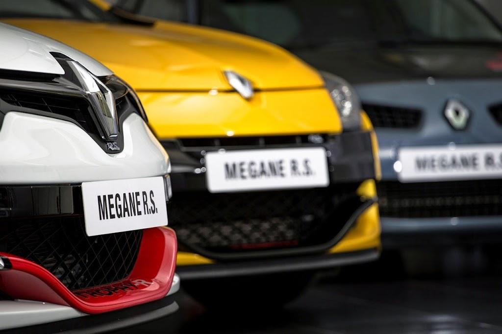 Megane Record Nurburgring Lap in Renault Megane RS 275 Trophy-R 22-1