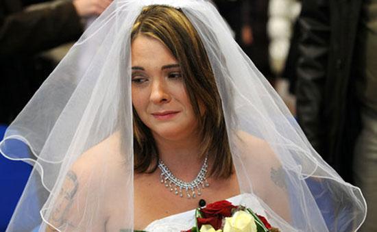 زفاف ينتهي بمقتل جميع الحضور عدا العروس