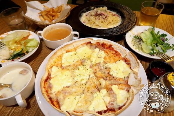 行天宮吃到飽 -【威尼斯義大利餐廳】 CP值高 點主餐即享有沙拉吧吃到飽