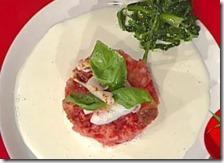 Panzanella con burrata di mozzarella e cicoria