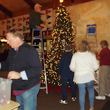 2017 Clubhouse Christmas Decorating - 032.JPG