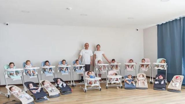 Una pareja tiene 20 hijos en poco más de un año