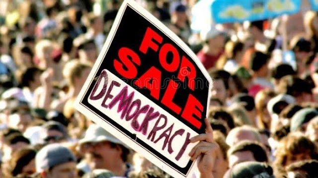 Persoalan Negeri Tak Kunjung Selesai, Analis Mutiara Umat: Akibat Diterapkan Demokrasi