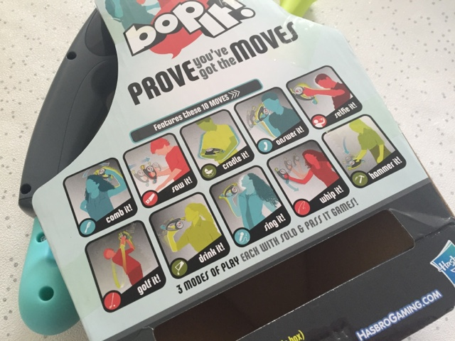 bop-it-10-new-moves