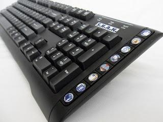 Nuevos teclados S.N.A.K. y S.E.A.K. Diseñados para facilitar tu navegación en facebook y en Google.