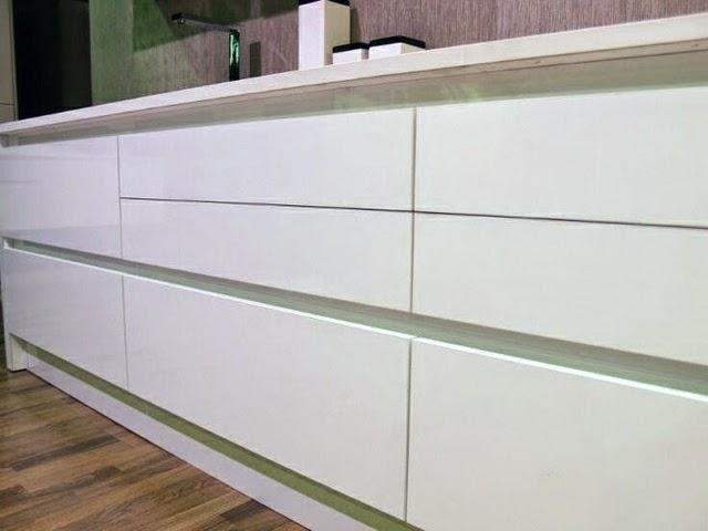 Lovik cocina moderna tienda de muebles de cocina desde for Muebles de cocina blancos