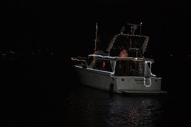 2009 Christmas Boat Parade - IMG_2710.JPG
