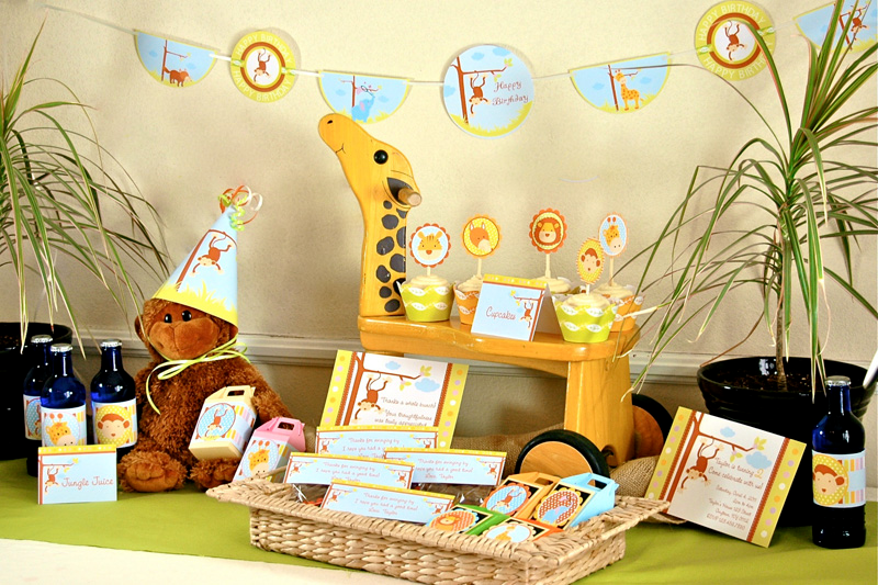Party frosting baby safari baby shower ideas inspiration for Baby shower safari decoration