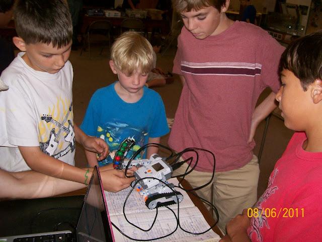 2011 Robotics Program - 101_0009.jpg
