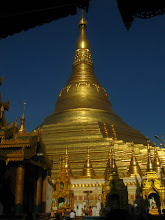 Photo: 100 meter tall Shwedagon Pagoda Chedi on a small hill