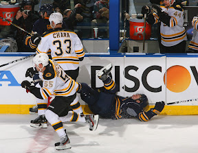 Zdeno Chara lays out punk Patrick Kaleta with a huge hit
