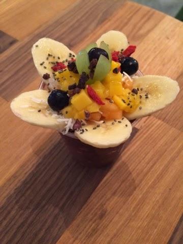 Fresh Fruits and Garnishes