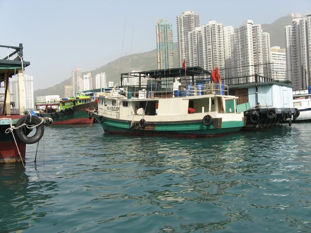 0240Cruise on Victoria Harbour