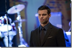 the-originals-season-3-the-devil-comes-here-and-sighs-photos-2