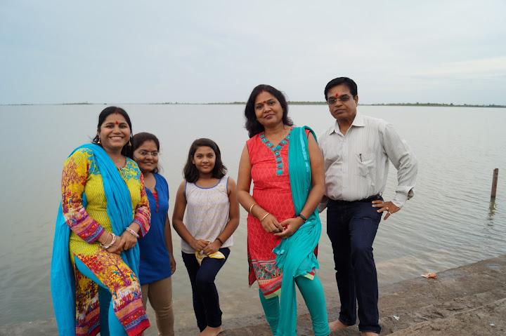 Omkareshwar and Hanmuntiya water resort - DSC07000.JPG