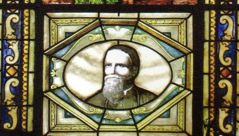 Mons. Pasini, formella della vetrata