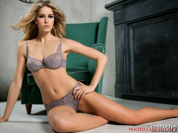 Elena Santarelli Sexy In Infiore Lingerie Collection