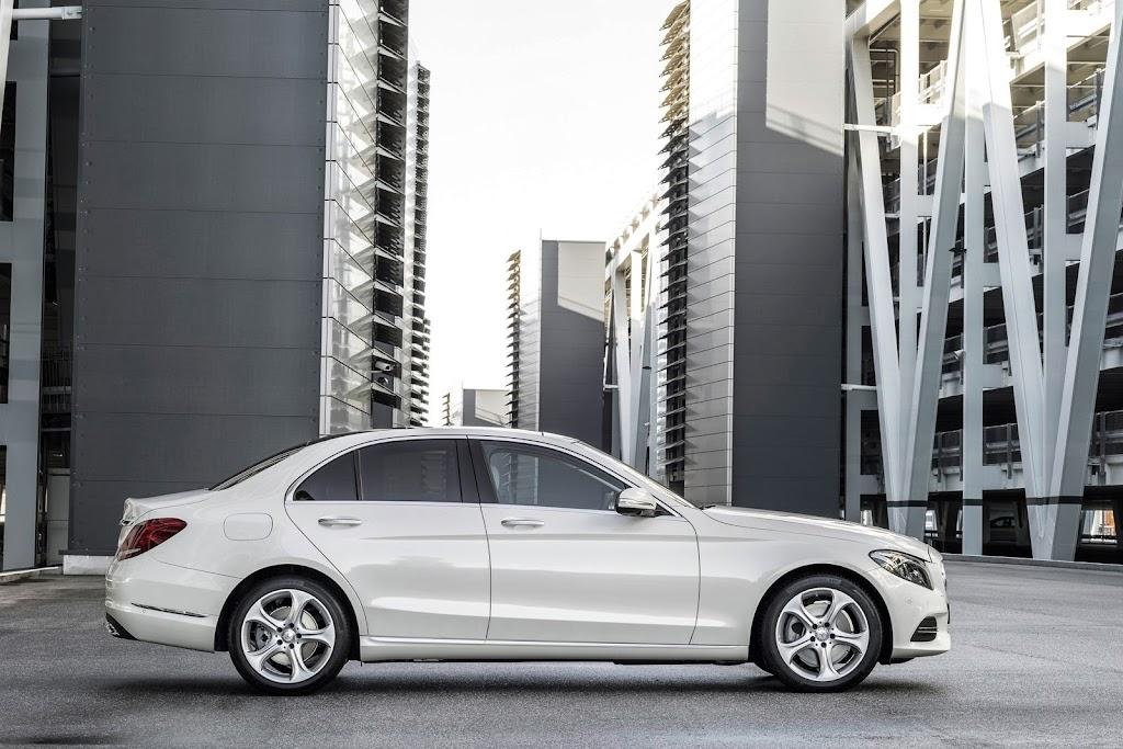 2014-Mercedes-C-Serisi-22