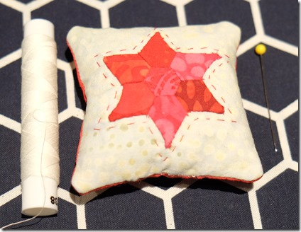 mini star pincushion english paper piecing2