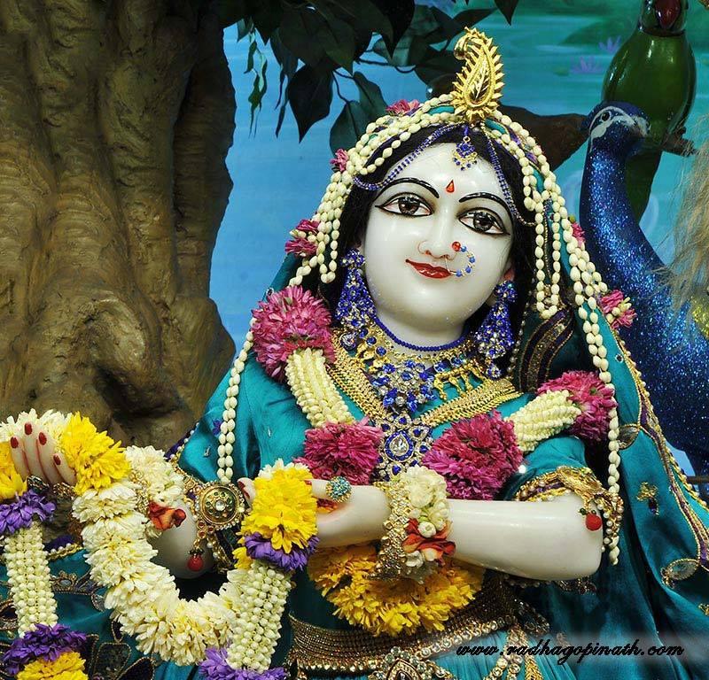 ISKCON Chowpatty Deity Darshan 03 Mar 2016  (4)