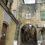 014-Gourdon-La porta della città.jpg