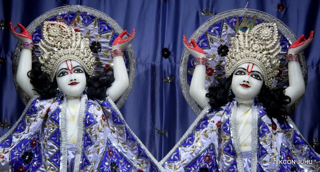 ISKCON Juhu Mangal Deity Darshan on 7th July 2016 (28)