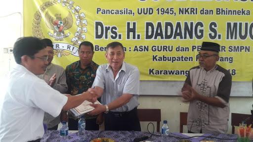 Guru Honorer Karawang Minta Diangkat PNS