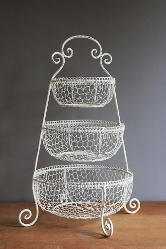 Cream 3-tiered chicken wire basket available for rent from www.momentarilyyours.com, $6.