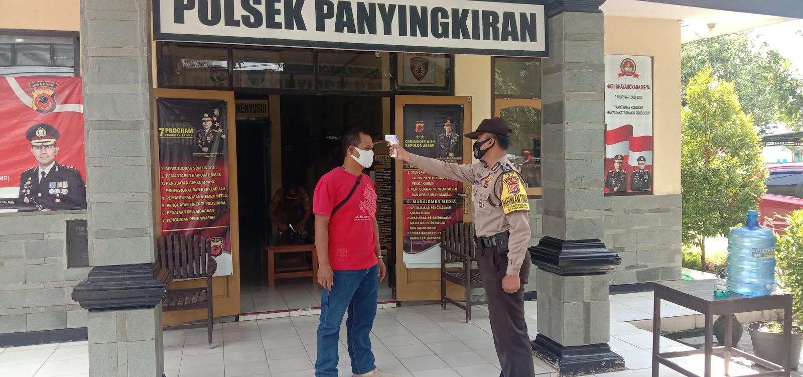 Wajib Patuhi Protokol Kesehatan Bagi Pengunjung Yang Masuk ke Mako Polsek Panyingkiran