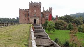 Cash raised for castle restoration work