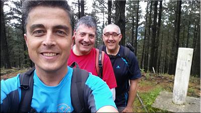 Uduri  mendiaren gailurra 551 m. -- 2016ko maiatzaren 22an