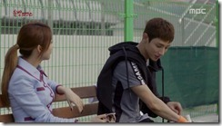 Lucky.Romance.E02.mkv_20160527_175435.010_thumb