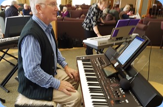 Gordon Sutherland playing his Korg Pa4X