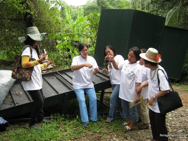 Flors Garden Staff - IMG_0331.jpg