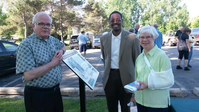 Sign designer Joe Hines, Motor Cities Heritage Director Brian Yopp, Historian Helen Jane Peters