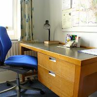 Room P-desk