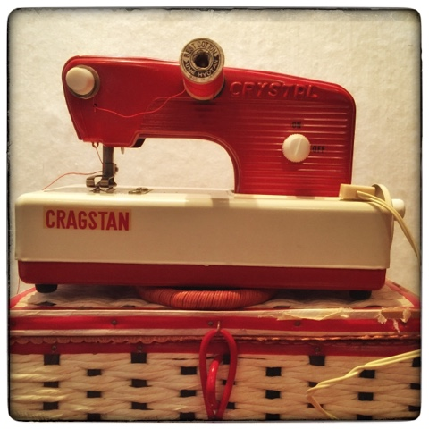 Vintage Toy Sewing Machine on Thistle Thicket Studio. www.thistlethicketstudio.com