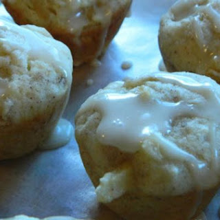Apple Pie Mini-Muffins with Sweet Vanilla Glaze